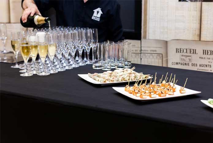 Incentive coupes de champagnes et amuses bouches